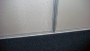 Стык отделки стен