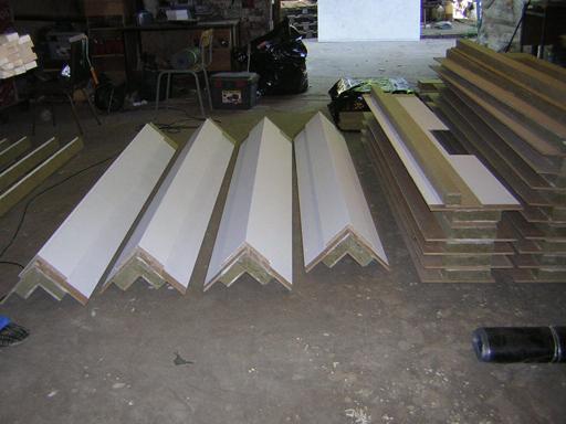 Элементы кабины для звукоизоляции на этапе перед упаковкой и отправкой заказчику.