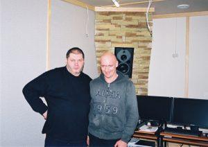 Александр Фрумин (ген. директор Радио Шансон) и Андрей Брусков в только что законченной студии.