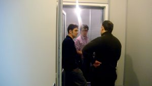 В процессе проведения контрольных замеров. Представитель заказчика - технический директор радио ФИНАМ - Александр Ермолаев