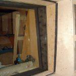 Этапы монтажа оконного блока между шумовым ателье и аппаратной шумого озвучания
