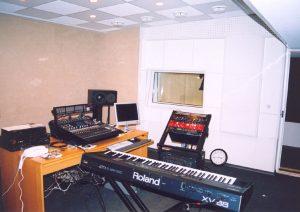 Общий вид акустической отделки аппаратной звукорежиссёра Игоря Павленко.